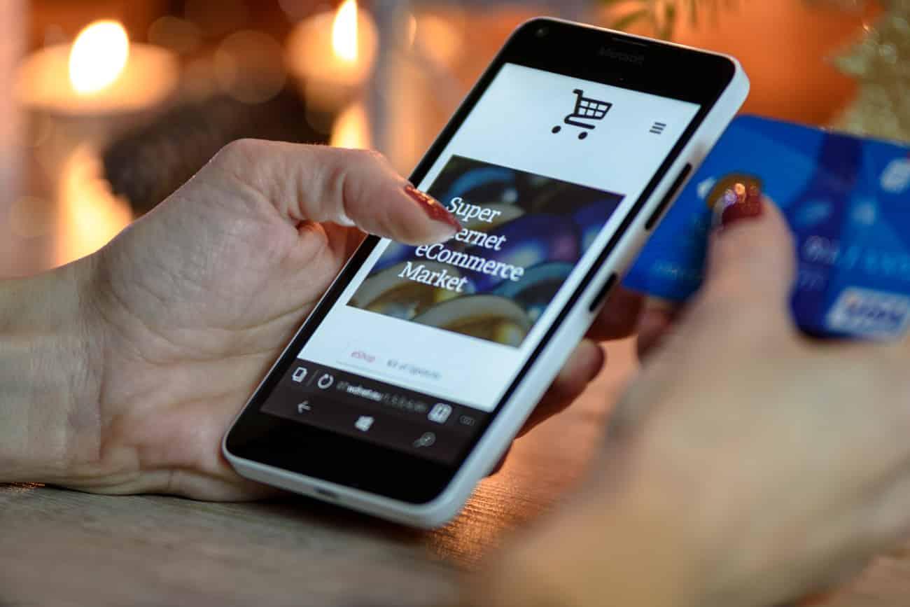 Facebook propose un nouveau format de publicité sur mobile