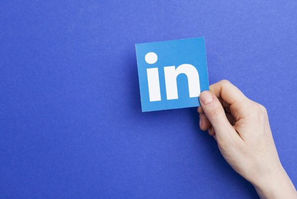 LinkedIn: des annonces dynamiques pour un message personnalisé et pertinent